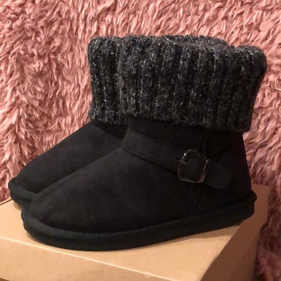 APRÉS Other - Girls Short Black Boots w/ Buckle